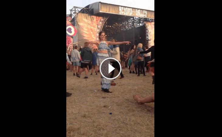 Admirație totală pentru cei care știu să danseze pentru că simt muzica!